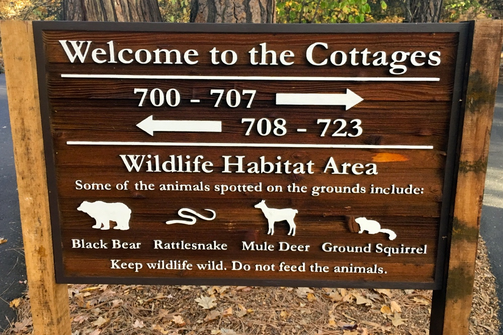 Ahwahnee Cottages Sign