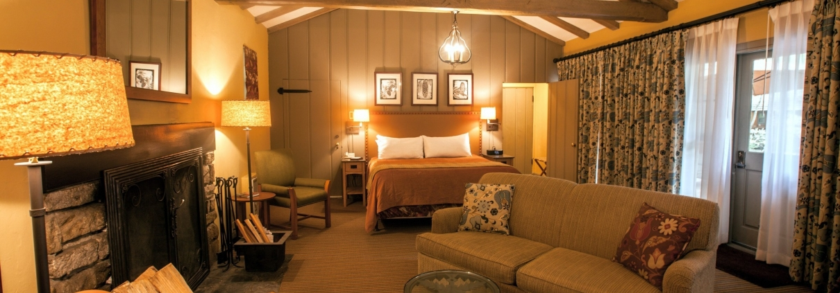 Ahwahnee Luxury Hotel Tour
